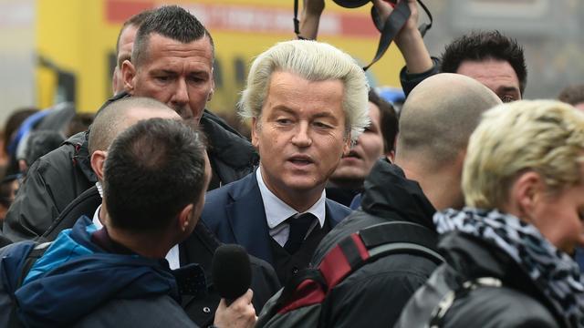 NOS erkent fout in berichtgeving over publiek bij Wilders in Spijkenisse