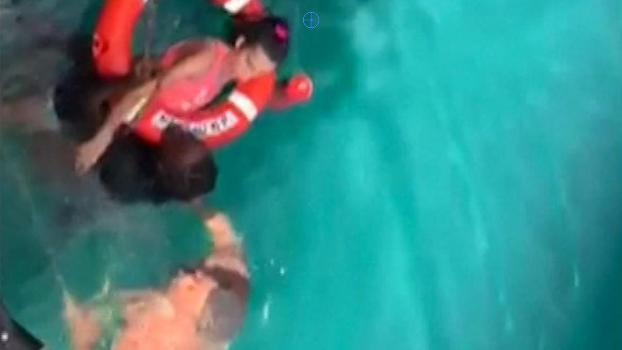 Vrouw in rolstoel gered uit water bij Maagdeneilanden