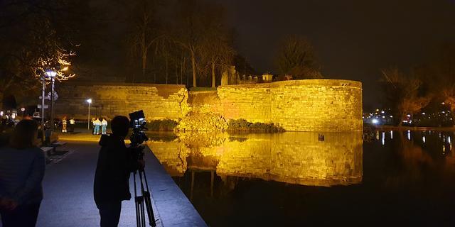 Historische stadsmuur in Maastricht nog verder afgebrokkeld
