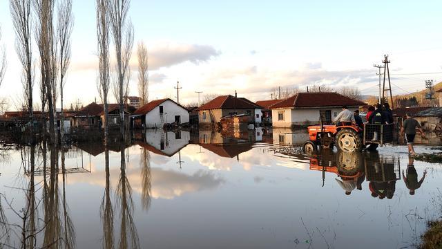 Overstromingen Macedonië kosten ruim twintig mensen het leven