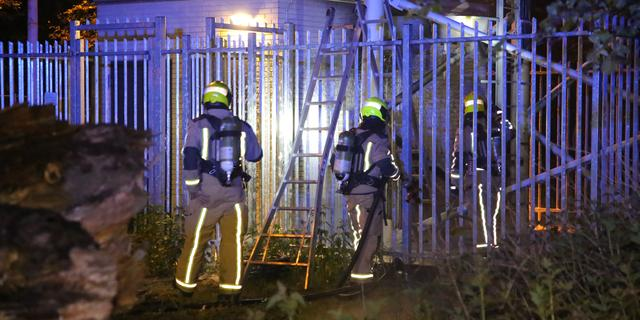 Brand bij twee verschillende zendmasten in Den Haag, politie doet onderzoek