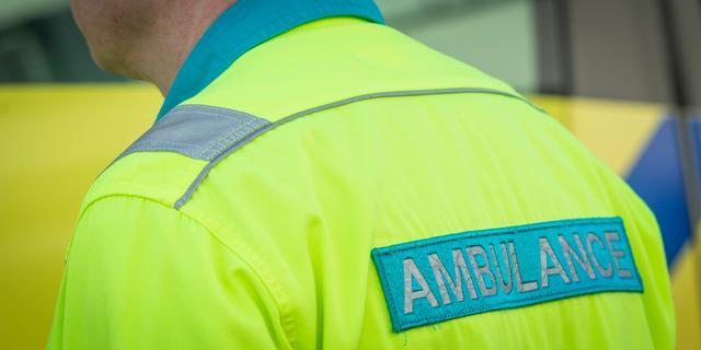 Vrouw gewond bij ongeval met drie personenauto's in Oud-Gastel
