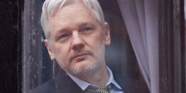 VS belooft VK dat Julian Assange niet in zwaarbeveiligde gevangenis komt