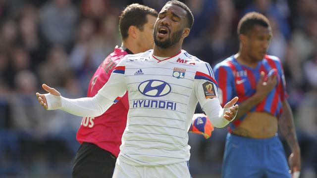 Paris Saint-Germain bijna kampioen door nederlaag Lyon