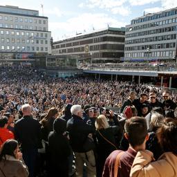 Duizenden Zweden herdenken overleden dj Avicii