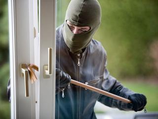 Tips variërend van krakend grind tot geen dakkoffer voor je deur