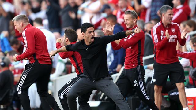 Trainer Mikel Arteta is dolblij met de 2-0 van Arsenal.