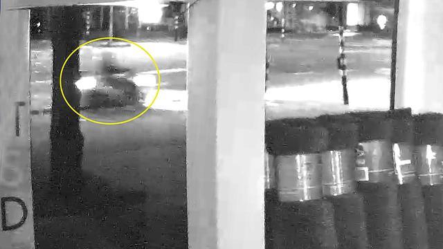 Nieuwe beelden van man die granaat gooide bij Johan Huizingalaan