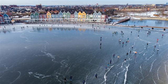 Meerdere gemeenten waarschuwen voor zwakke plekken in ijs door dooi