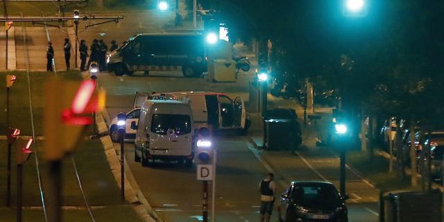 Dode man in auto is vijftiende slachtoffer aanslag Barcelona