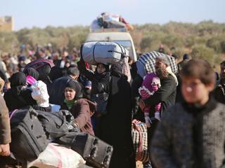 Afgelopen 24 uur mogelijk ook meer dan drieduizend kinderen uit stad weg