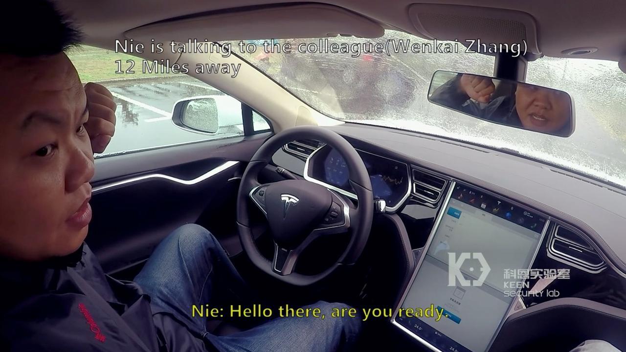 Beveiligingsonderzoekers hacken Tesla Model S via wifi