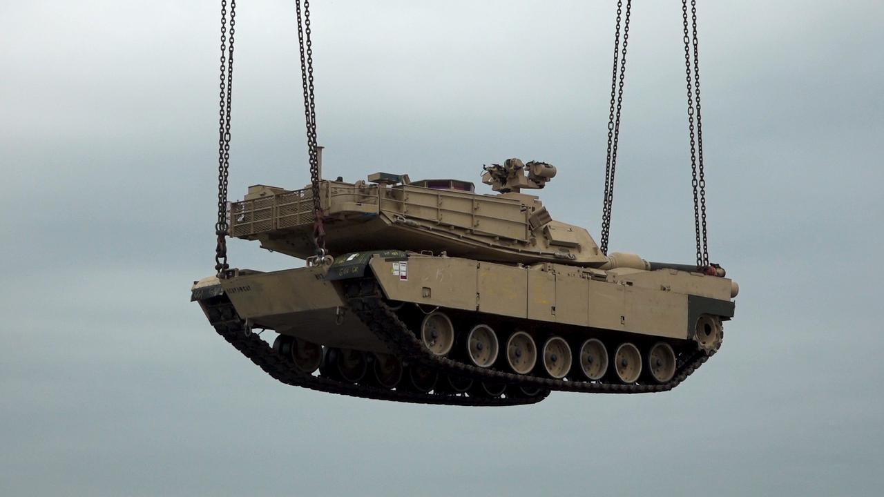 Amerikaans leger trekt dwars door Nederland met materieel