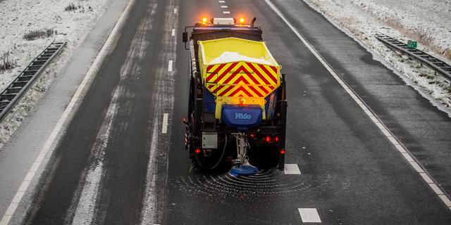 Meerdere ongelukken door gladheid op wegen