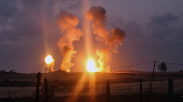 Israël voert luchtaanval uit op doelen in Gaza