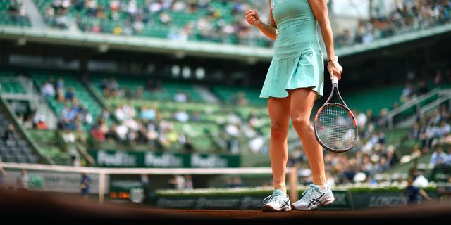 Bacsinszky en Serena Williams naar derde ronde op Roland Garros