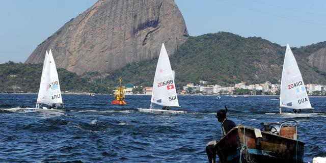 NOC*NSF test coating zeilboten tegen vervuild Rio-water