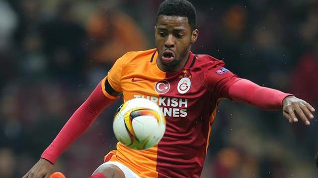 Donk zes duels geschorst na vechtpartij bij derby tegen Fenerbahçe