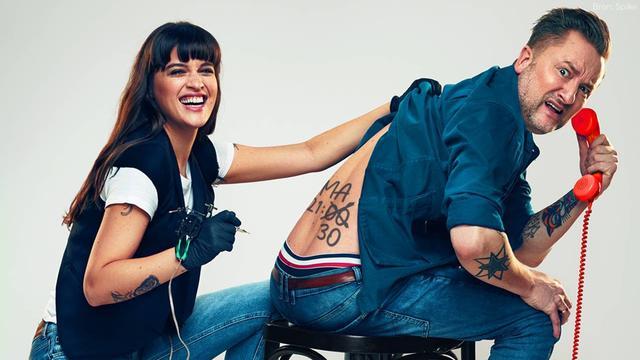 Bella Hay en Dennis Weening schieten te hulp bij rampzalige tatoeages