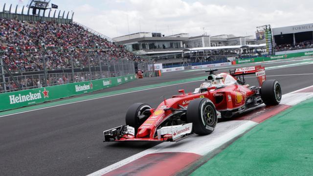 Ferrari tekent alsnog protest aan tegen tijdstraf Vettel in GP Mexico