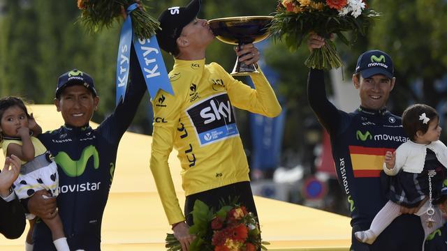 Froome wint Tour voor tweede keer, Greipel de snelste in slotrit