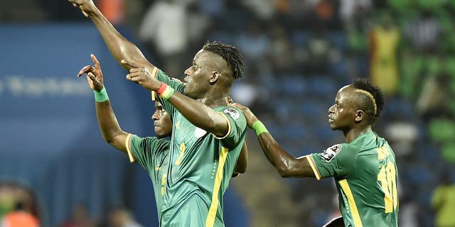 Senegal is Tunesië de baas, Mahrez behoedt Algerije voor nederlaag