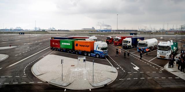Truckparking Maasvlakte dicht door zoutzuurlekkage