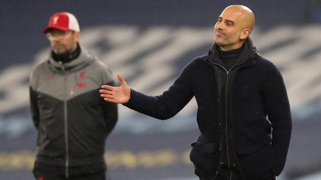 Klopp en Guardiola kraken speelschema: 'De spelers zitten op het randje'
