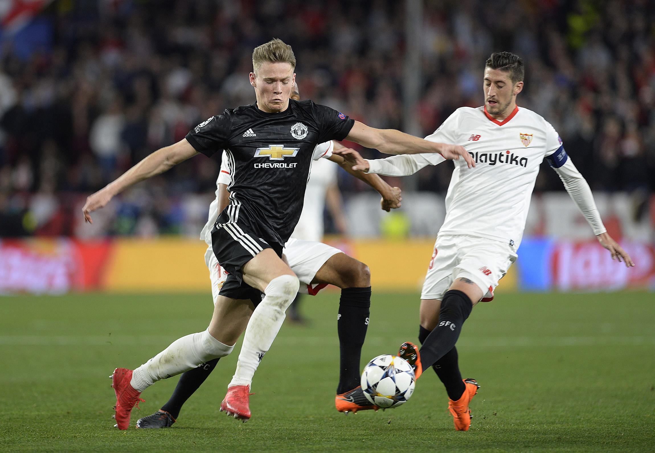 Mourinho lyrisch over 'briljante' middenvelder McTominay tegen Sevilla