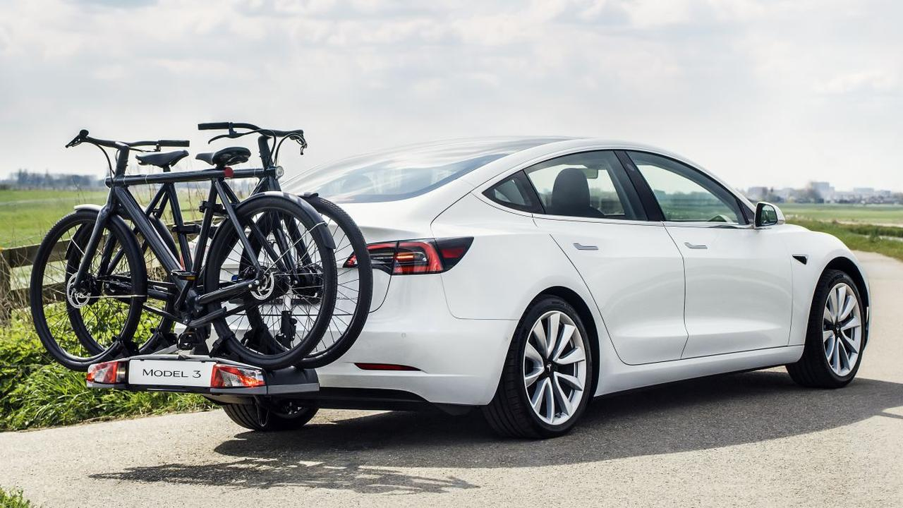 Tesla Model 3 now also available with towbar - International News
