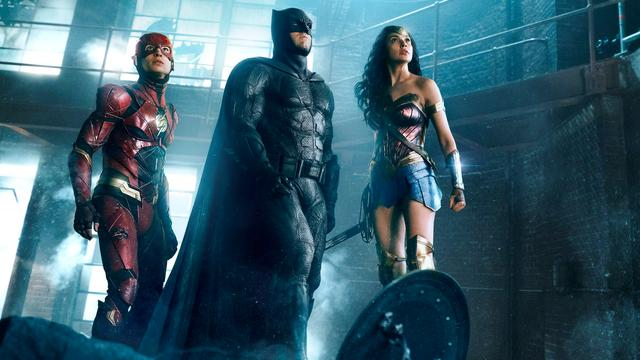 Recensieoverzicht: Wonder Woman geeft 'flair en humor' aan Justice League