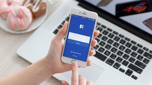'Meerdere bedrijven delen klantgegevens ongevraagd met Facebook'