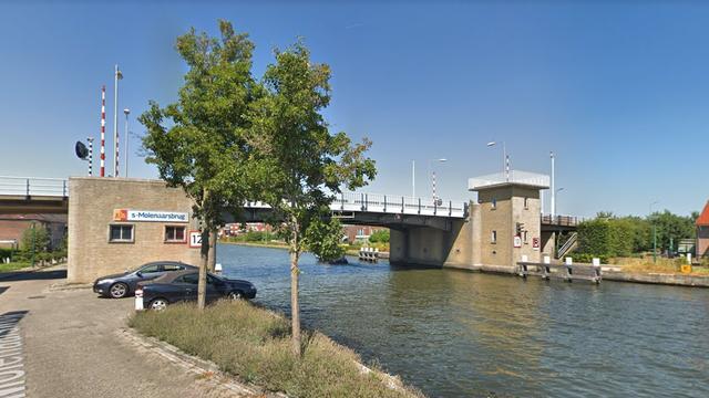 Wethouder met provincie in gesprek over verplaatsing 's Molenaarsbrug