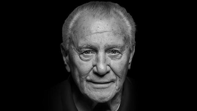 Oudste WK-winnaar Hans Schäfer (90) overleden