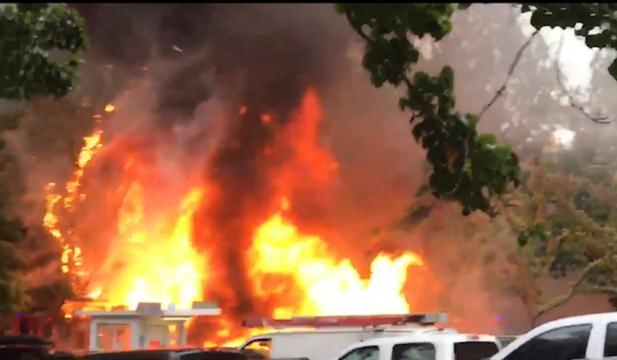 Brand veroorzaakt explosie in eetzaak op drukke parkeerplaats Portland