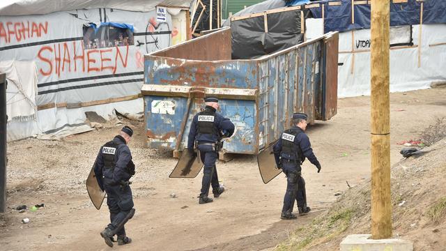 Ontruiming deel vluchtelingenkamp Calais begonnen