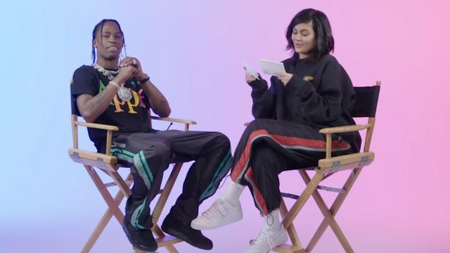 Kylie Jenner test vriend Travis Scott op make-upkennis