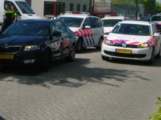 Duizenden euro's in contacten gevonden bij huiszoekingen