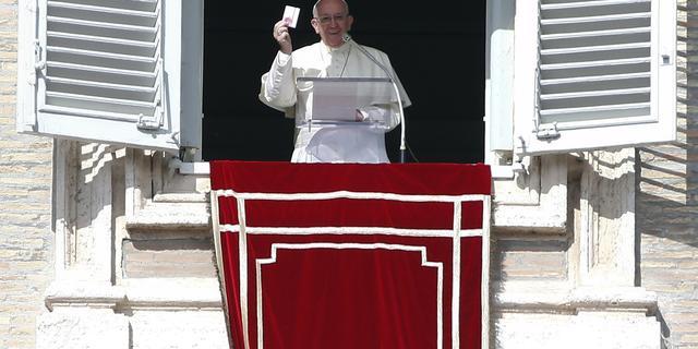 Ruzie tussen katholieken en de paus na beperking Latijnse mis