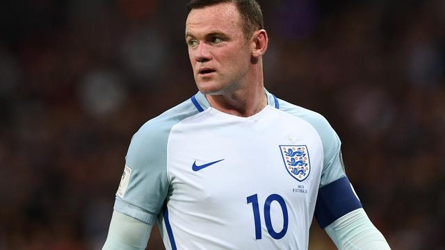 Rooney toch met rugnummer 10 tijdens afscheidswedstrijd tegen VS