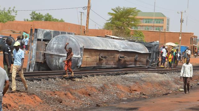Zeker 55 doden door ontploffing tankwagen in hoofdstad Niger
