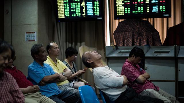 Chinese beurzen voor derde handelsdag op rij in de plus