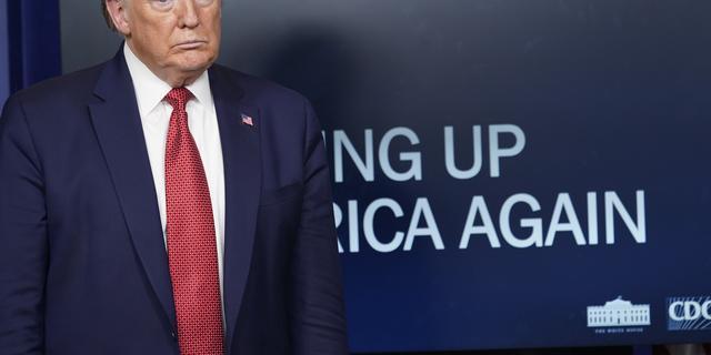 Democraten starten onderzoek naar ontslag toezichthouder door Trump