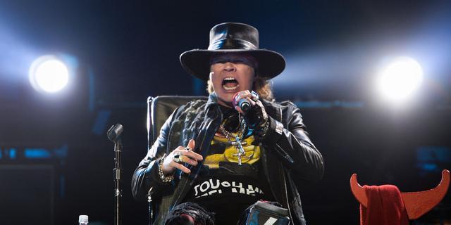 Overzicht: Internationale pers lyrisch over optreden Axl Rose met AC/DC