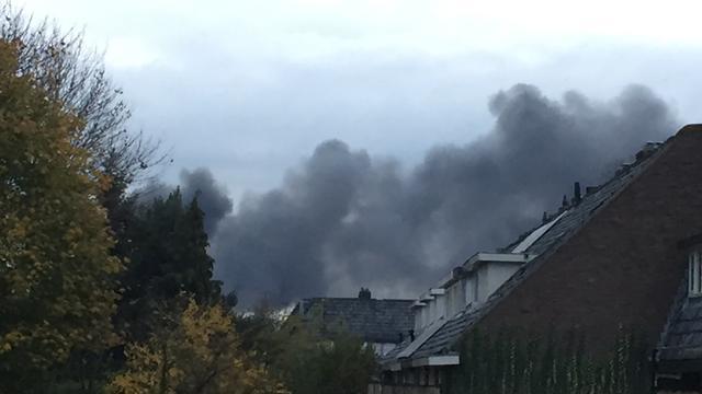 Zeer grote brand in bedrijfspand Hilversum
