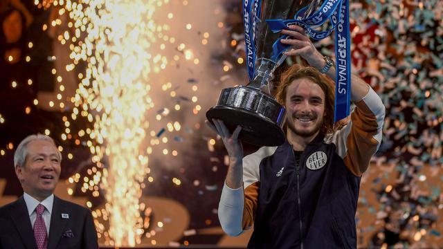 Tsitsipás denkt na winst ATP Finals dat eerste Grand Slam-titel dichtbij is