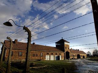 Museum cijfert niet-Joodse Poolse slachtoffers weg, vinden nationalisten