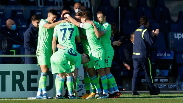 Lazio viert de openingstreffer tegen Atalanta.
