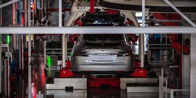 Tesla trekt stekker uit assemblage in Tilburg: bijna honderd banen op de tocht