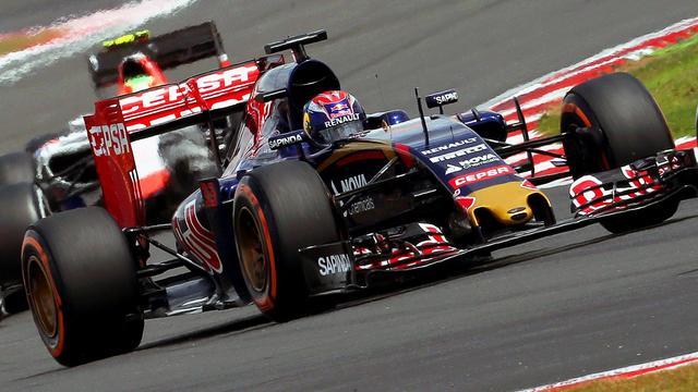 Kijk het optreden van Verstappen in de GP van Groot-Brittannië terug